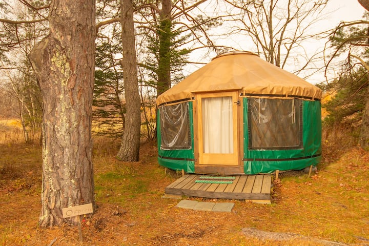 The Osprey, Rusticator Yurt Near Acadia