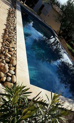 Maison 130 m2  clim piscine 8.5x4 - Mérindol - Hus