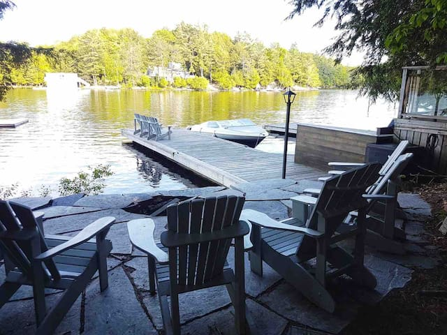 Lake Muskoka Island Cottage