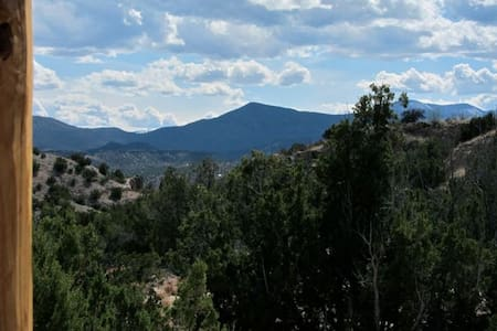 Sweet casita with mountain views! - Ojo Caliente