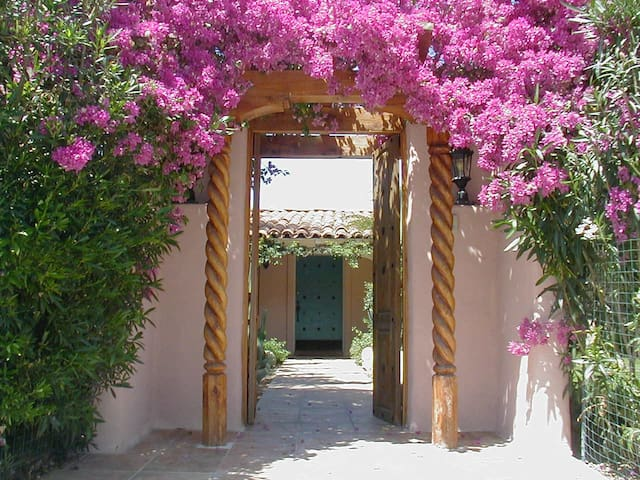 OPEN JULY 4 WKD | Private Palm Springs Pool Estate - ปาล์มสปริงส์ - วิลล่า