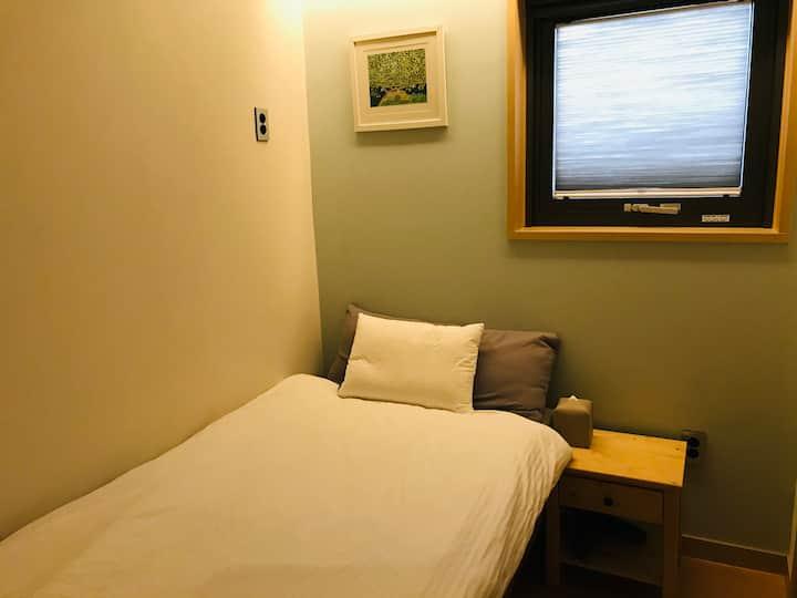 브릭 (BRICK/302) 개인실, 개별욕실 (Room private bathroom)
