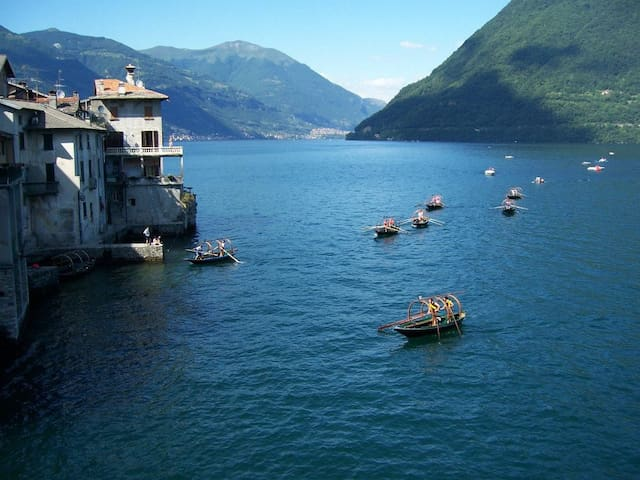 Your best experience in a Lake Como flockTown