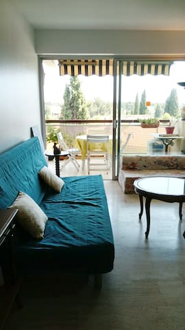 Airbnb® | Bandol - Vacation Rentals & Places to Stay ...