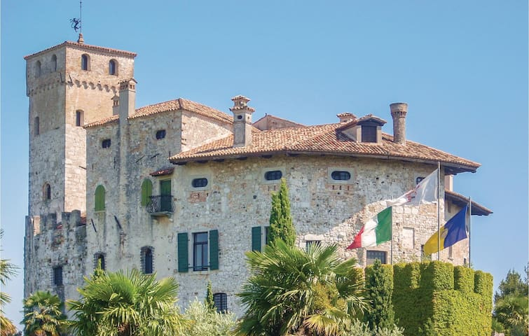 Holiday cottage with 7 bedrooms on 400m² in Fagagna -UD-