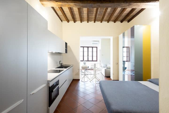 HONEY HOUSE Parma