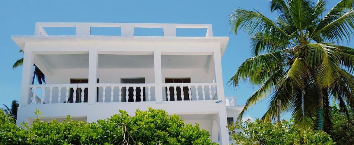 Villa Mina, beachhouse