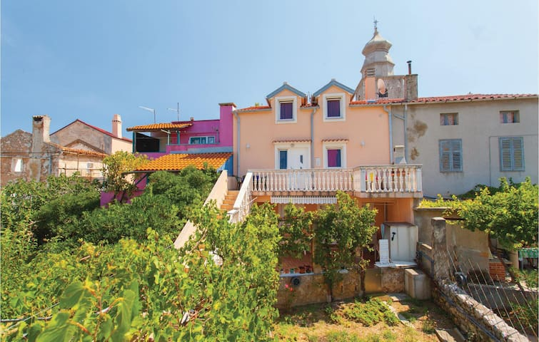 Holiday apartment with 2 bedrooms on 50 m² CKK662