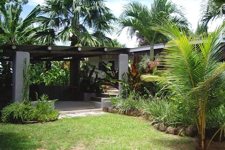 Stunning Villa with Swimming Pool - Mahe
