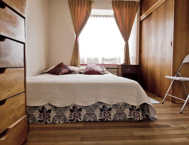 Excelente Dormitorio con baño privado en Temuco
