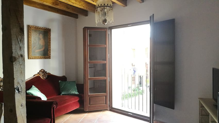 Right next to the Alhambra, 1º  Special Offer