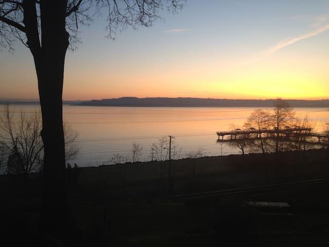 Loft @ Commencement (Tacoma, WA) - Tacoma - Huoneisto