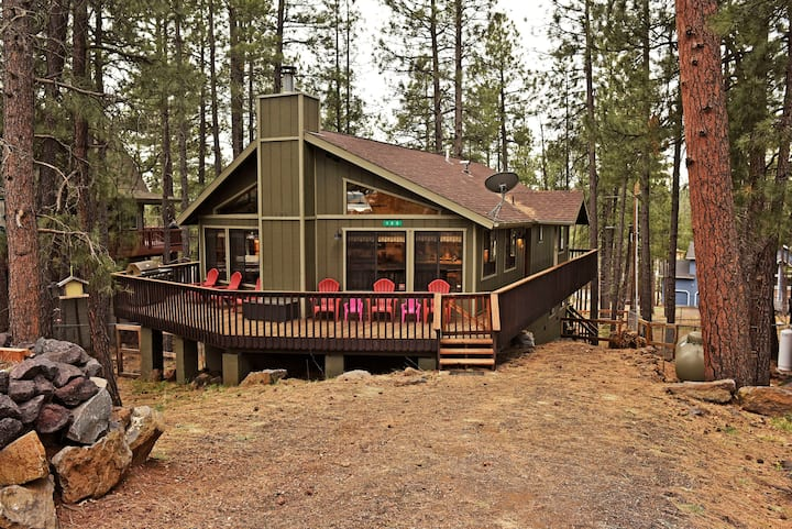 Paradise in the Pines - clean, pet friendly!