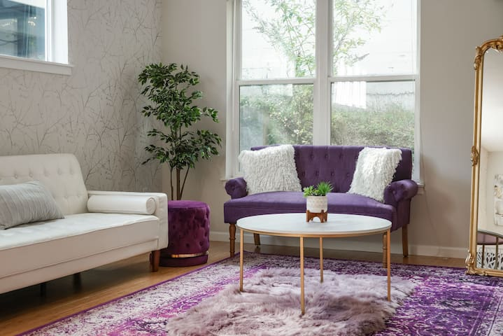 ✧  Luxe-Glam 2 BD | Comfy Apt in Central PDX ✧