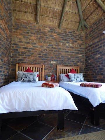 Sundowner Safari Camp - Vaalwater - Hotel ekologiczny