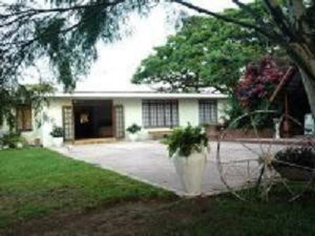 Highfield House B & B,selfcatering  - Durban South - Hus