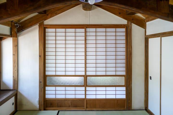 Old fashion ,Guesthouse403 in Kawazu Kura