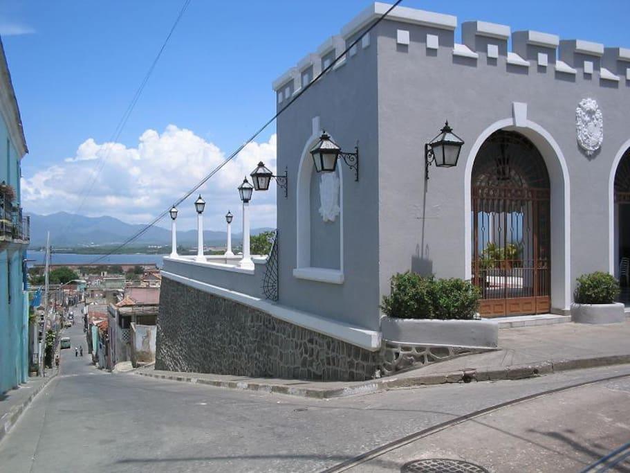 Casa gloria jardines casa particulars cuba for rent in for Casa mansion los jardines havana