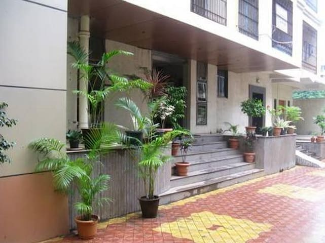 4BHK with close proximity to BKC - Βομβάη - Διαμέρισμα