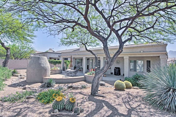 Oro Valley House w/ Outdoor Fireplace & Mtn Views!