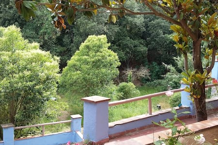 Beautiful 1 bed house,nature, terrace, wild garden - Molins de Rei