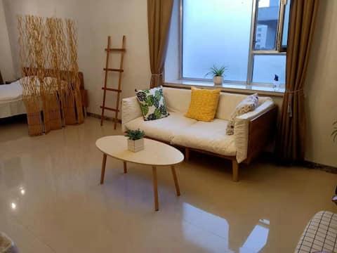 조용하고 캐주얼한 부티크 하우스 랴오위안의 우아한 휴양지입니다.
