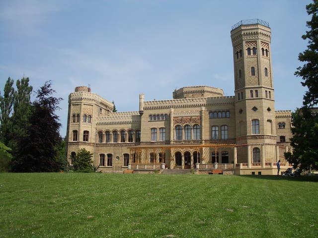 Ein Schloss nicht nur für Verliebte - Neetzow - Castell