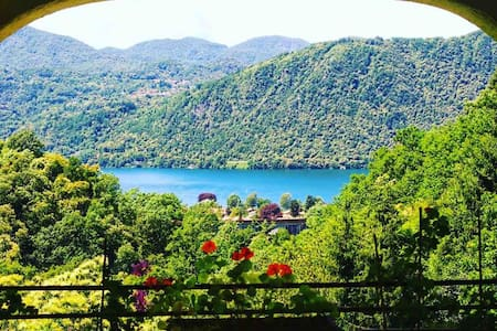 @Aularcobaleno -Verde- Romantic lake view