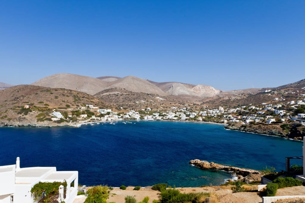 Kini, Syros just a 2 minute walk from the house