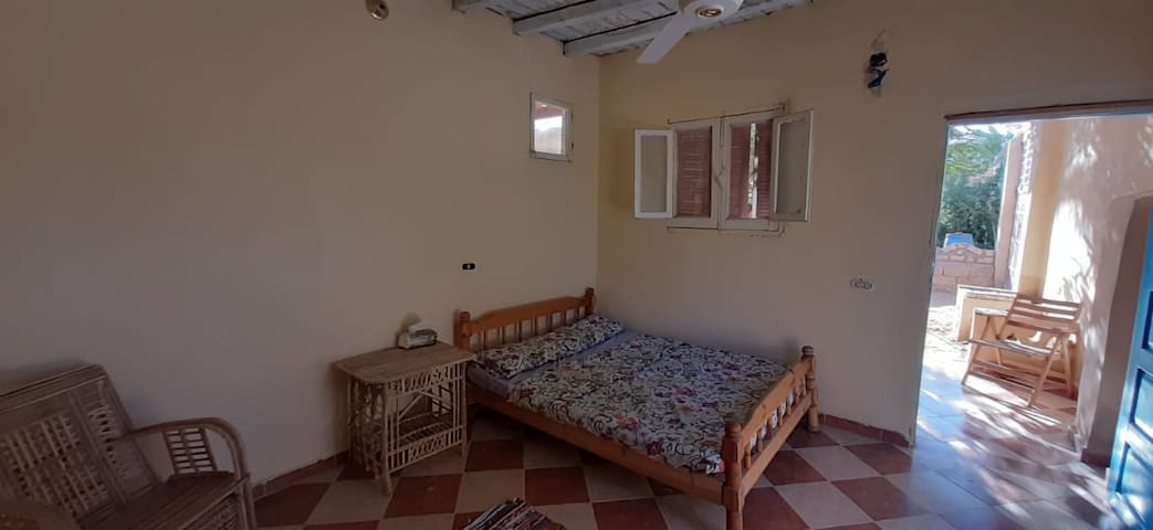 """""""The first room"""" - 1,50 matress, lake view, ceiling fan, wardrobe"""