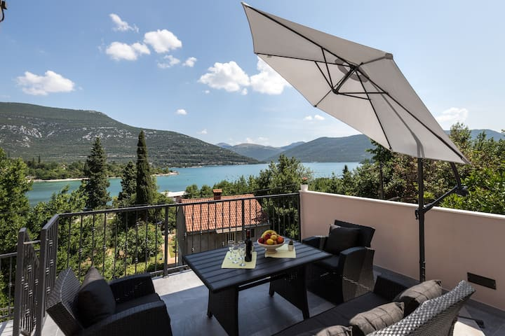 Holiday Home Monika - Two Bedroom Holiday Home with Terrace and Sea View