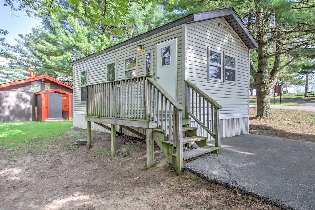 New 2br wisconsin dells retro family lodge cabins for for Cabins in wisconsin dells for rent