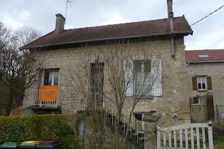 Maison de 1835 très lumineuse - Auvers-sur-Oise - Rumah