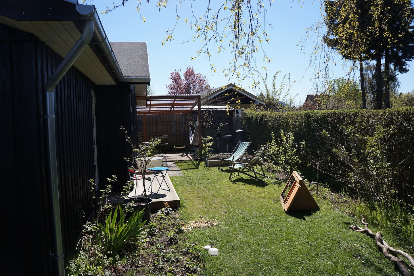 Garden and 2 of the 3 terasses