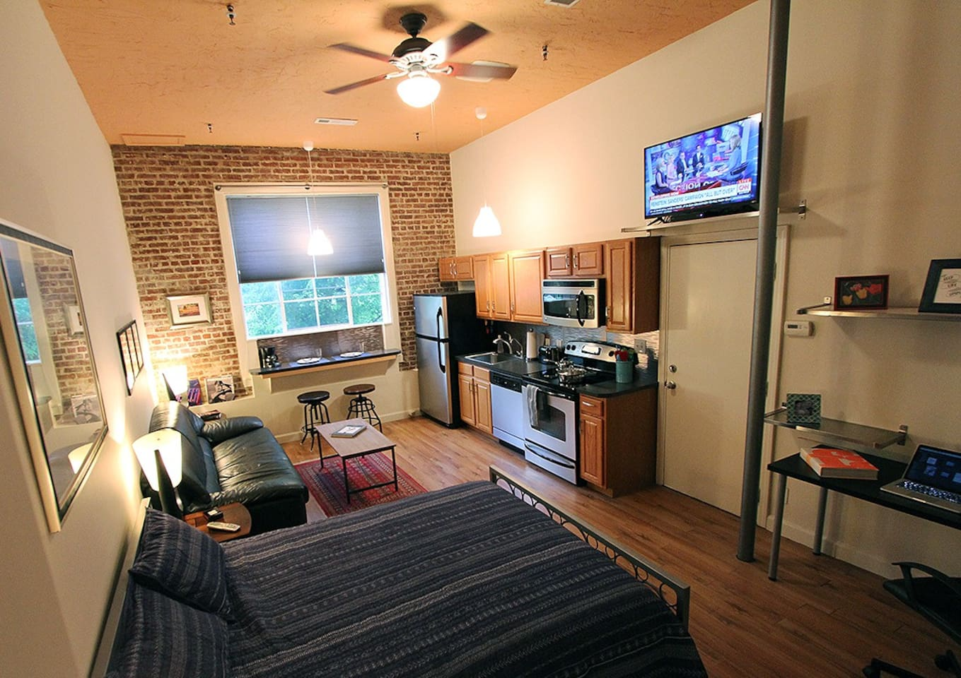 Historic Studio Loft 2 Located in up and coming inner city neighborhood.