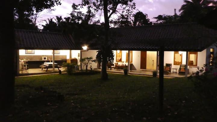 Rumah Pojok – an amazing studio near Yogyakarta