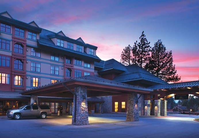 Marriott Timber Lodge Luxury Studio sleeps 4