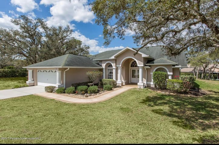 Immaculate home w/ pool quick access to highway.