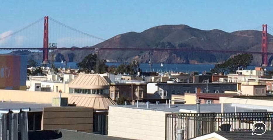 Spacious Shared SF Classic in the Marina