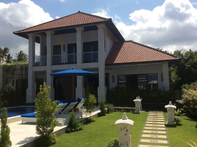 Villa Katarina Bali - Karangasem - Villa