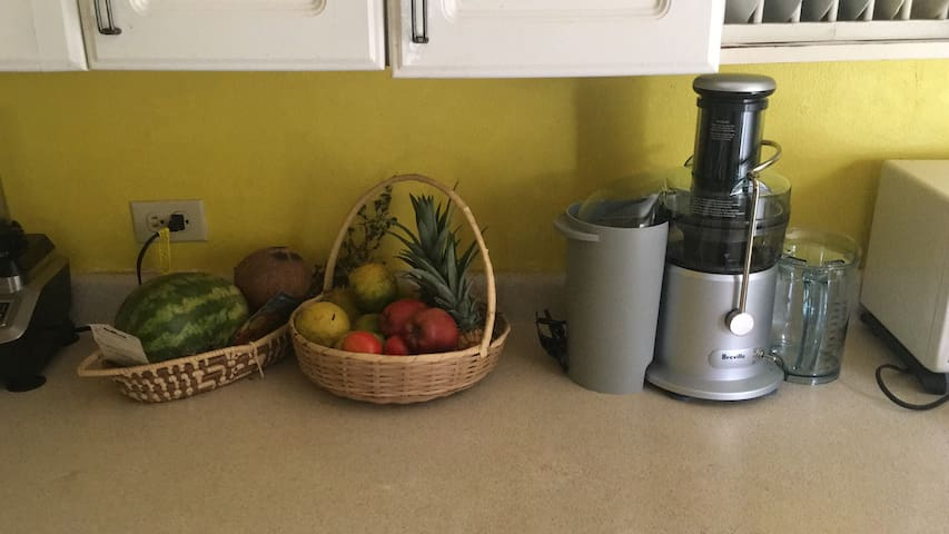 Here's to your health!!! These fresh fruits can be consumed as is or made into fresh juice or a smoothie.