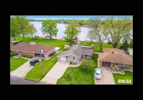 Lake House Whitzak: Dog friendly hidden gem