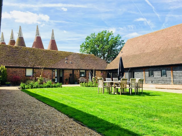 Goudhurst/Marden -Self-Contained Guest Suite - B&B