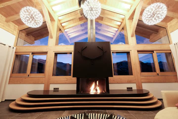Family friendly high-end chalet right on the slopes