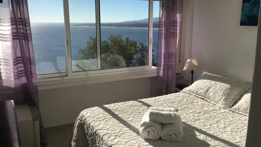 Habitación (2) matrimonial muy cómoda y luminosa