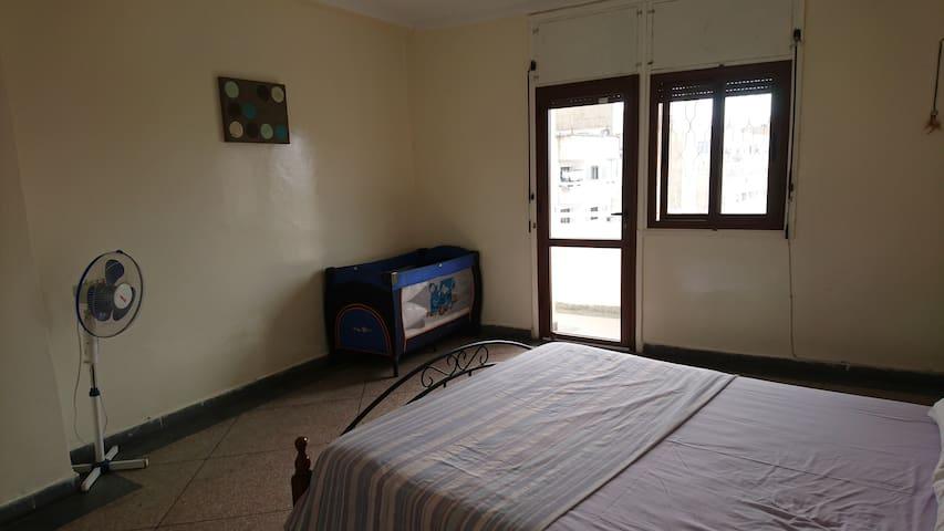 Bedroom 1 (double bed+baby bed )