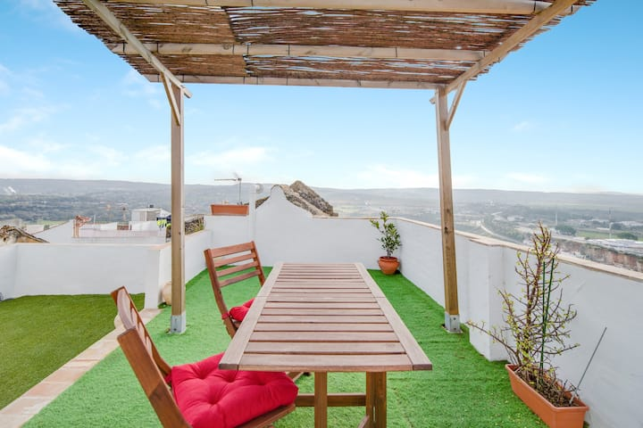Historic Apartment Matrera in Centre with Terrace, Amazing Views & Air Conditioning