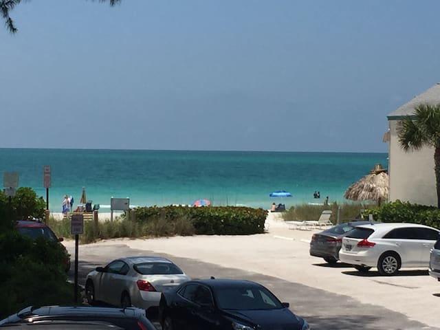 1bed- Excellent gulf front view!! - Holmes Beach - Haus