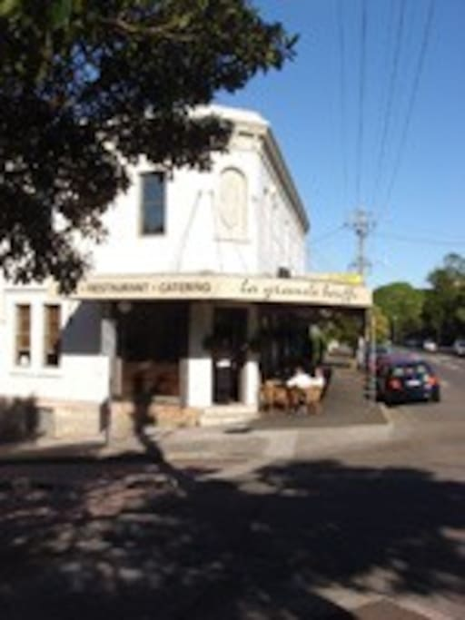 french cafe on the corner for delicious breakfast or dinner