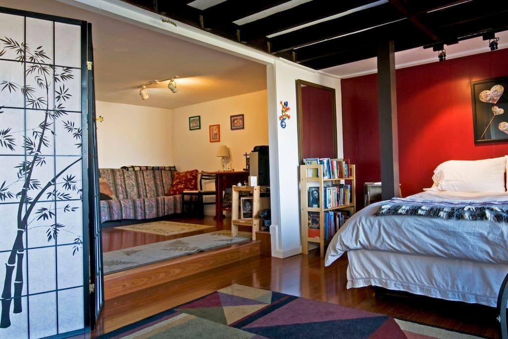Lovely/Private Studio Apartment